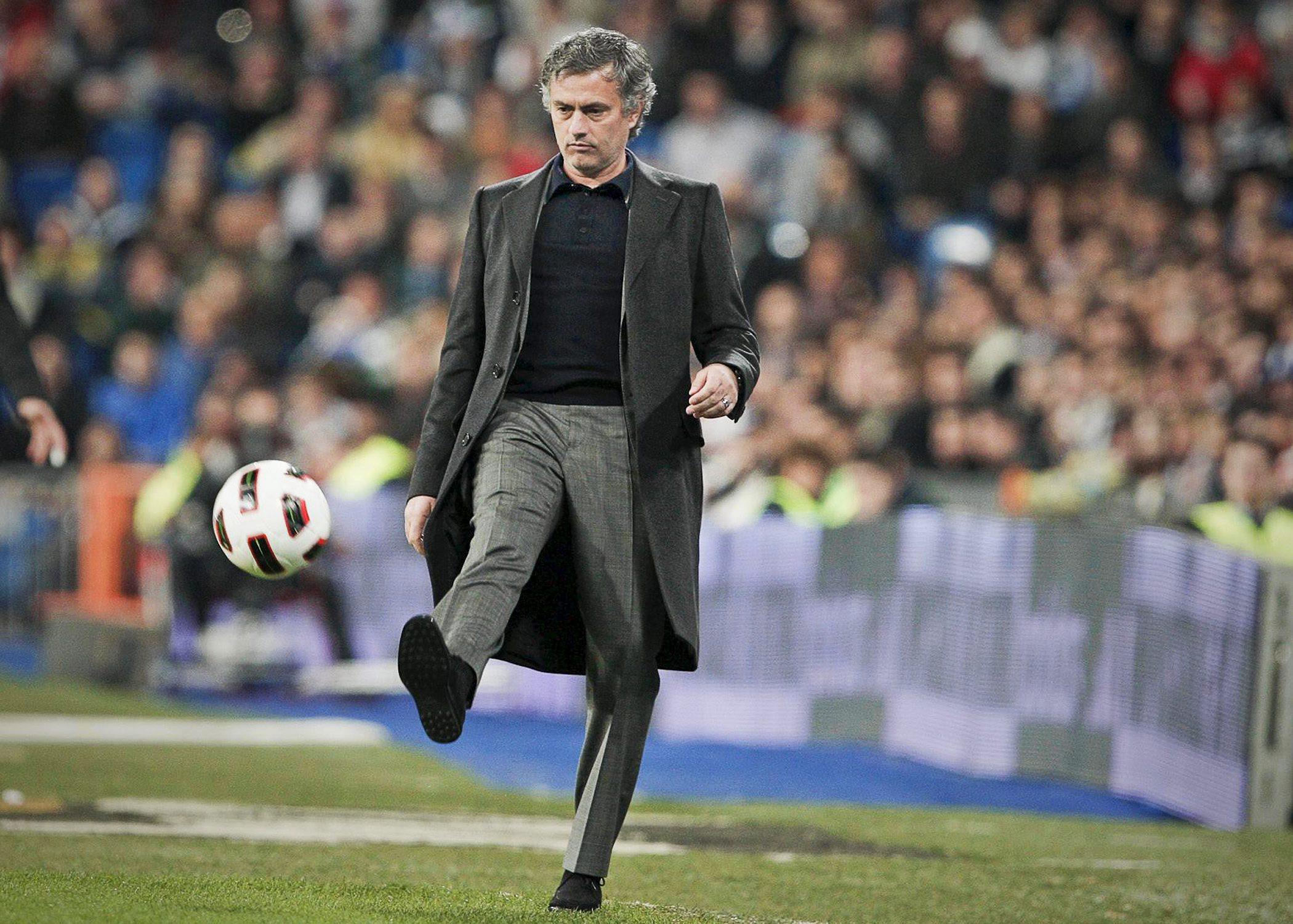 Apa Bedanya Melatih Real Madrid Dan Manchester United