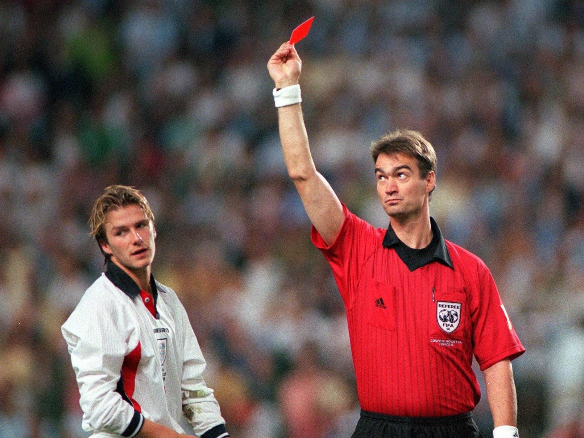 Sepuluh Singa Heroik Satu David Beckham Yang Bodoh