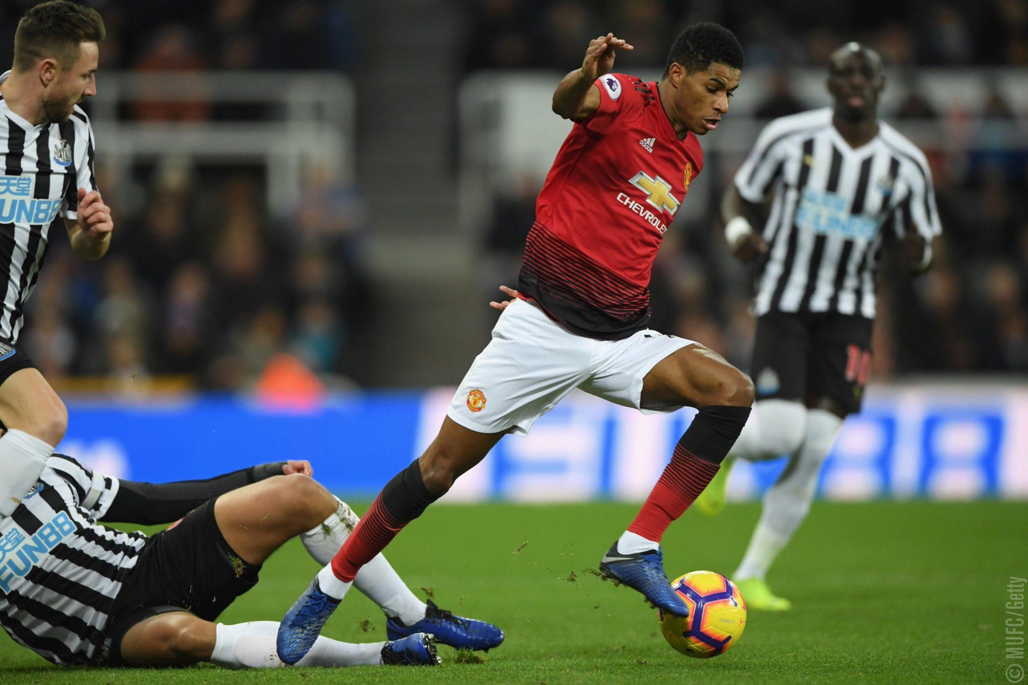 Dua Posisi Yang Masih Harus Dibenahi Manchester United